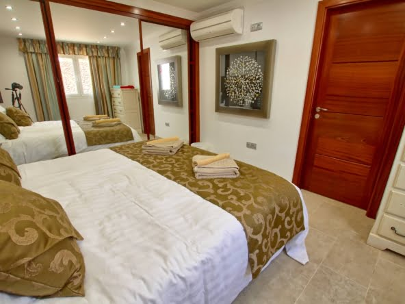 The Lodge - Lanzarote - 2nd Double Bedroom