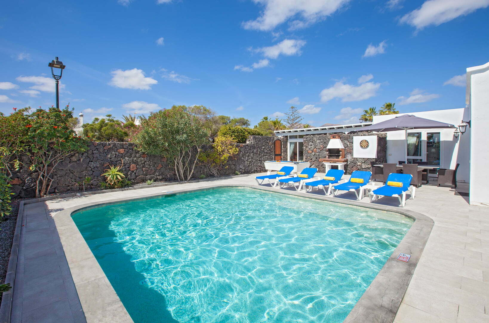 Casa Cristal - Terrace Area With Sun Loungers - Private Salt Water Swimming Pool
