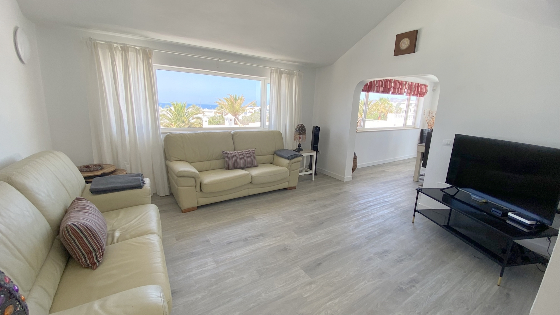 Villa Jessica with Sea views from Living room area